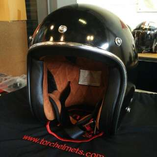 Torc Helmet Solid Black Made In USA Original Size M (57-58cm)