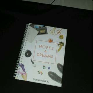 Buku notes Berrybenka
