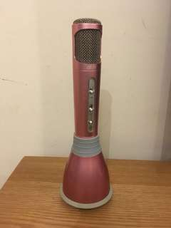 Karaoke microphone pink 9成新