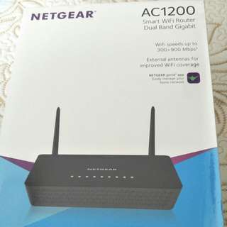 Netgear AC1200 Smart WIFI router dual band router