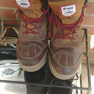 Pajar waterproof construction boots