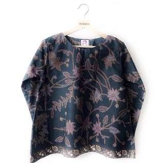 Baju raya (never used)