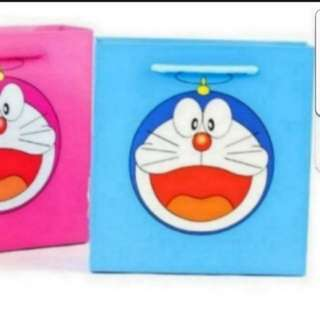 In Stock Doraemon Design Paper Bag Carrier Bag For Events And Parties Size is 18 × 5.5 × 19cm