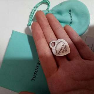 TIFFANY & CO MEDIUM HEART PENDANT