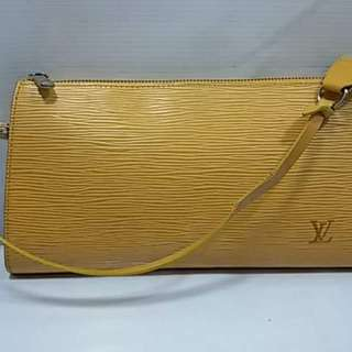 LV Yellow Epi with Serial
