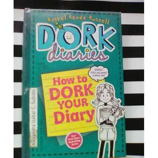 DORK DIARIES 3 1/2 HOW TO DORK YOUR DIARY