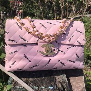 Chanel vintage 粉色字母帆布jumbo