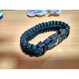 {MEET UP BELOW} paracord bracelet with flint and steel