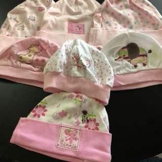 Newborn Bonnet (Set of 7)