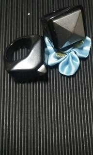 Ring (pair)