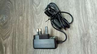 3 pin charger with micro usb cable (Free postage)
