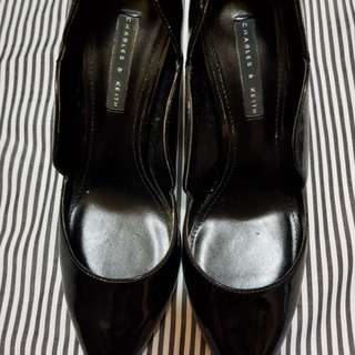 Charles and Keith scarpin shoes
