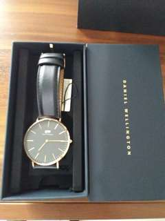 FAST SELL DANIEL WELLINGTON 40MM