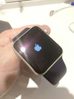 Apple watch Ser.2 42mm Gold 連充電線 SH009381