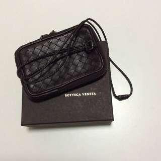 Bottega Veneta 多用途掛頸小包