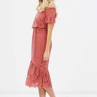 Lace off-shoulder midi dress, Rose