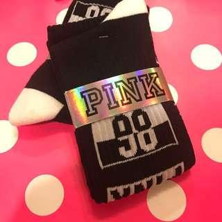🚚 美國正品代購 Victoria's Secret PINK 單入 黑色Logo長襪✨