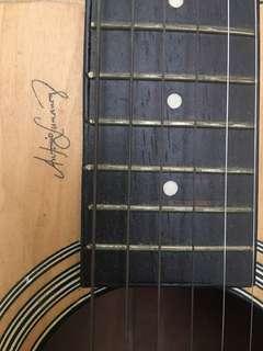 Lumanog Guitar (exclusive design)