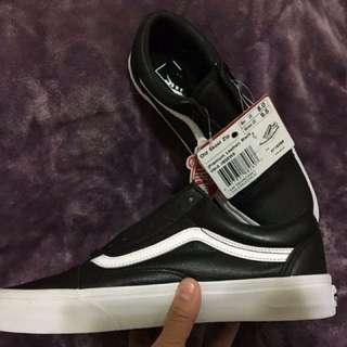 Vans premium leather 💯% authentic