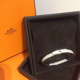 New Hermes Jewelry Kelly Bracelet Full Diamond White Gold. 全新愛馬仕全鑽石白金手鐲