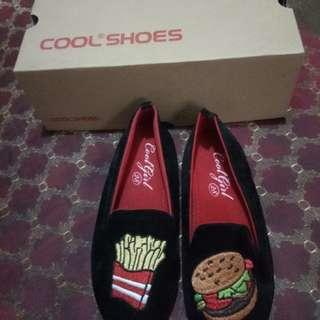 Sepatu Cool 28