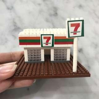 7-11 Nano Block