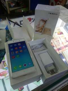 Oppo A37 Limited Edition Dp ringan bunga 0%