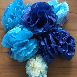 Free Paper flowers for party #bless