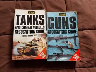 Jane's Guns and Tanks Guide books