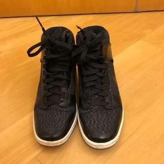Nike Sky Hi Black