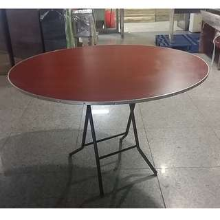 "Round Foldable Table 48"" Formica"