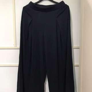 Uniqlo 深藍寬褲