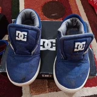 Sepatu DC anak