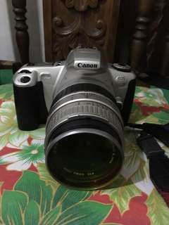 Viintage camera SLR