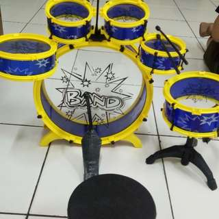 Drum band anak