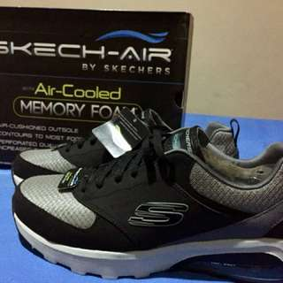 Sepatu Sneaker Skechers