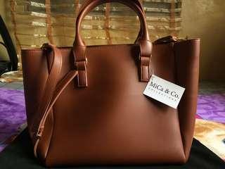 Mica & Co. Sling Bag