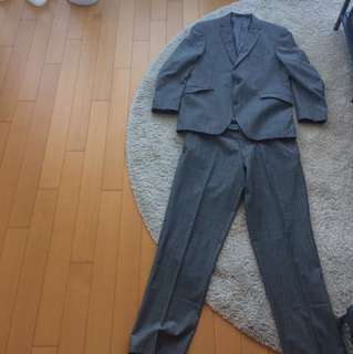 Felix W. suit