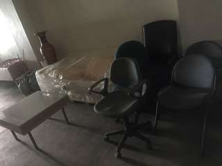 5pcs different chairs office chairs with and w/o hand rest in ac Pampanga