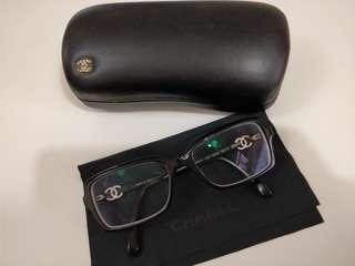 Chanel eye glasses frame (眼鏡框)