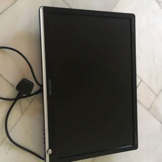 "Samaung 22 "" screen"