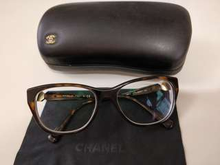 Chanel eye glasses frame (眼鏡框)