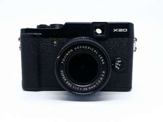 Fujifilm X20 (Travel Camera)