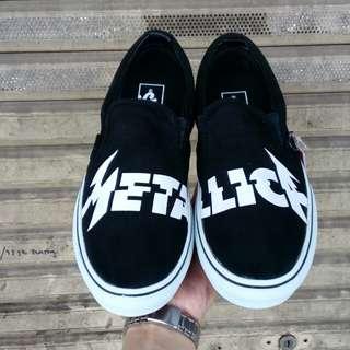 Sepatu vans slip on Metallica Premium icc bnib