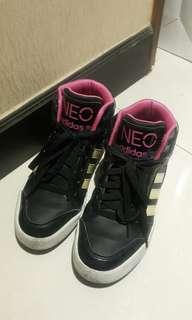 Adidas波鞋 (高筒)