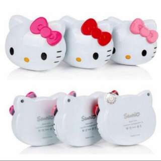 CLEARANCE | Hello Kitty Portable Charger (8000 mAh)