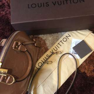Louis's Vuitton Alma BB
