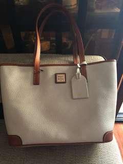 Authentic leather bag dooney & bourke