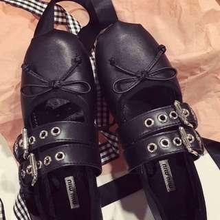 Miumiu ballet shoe black