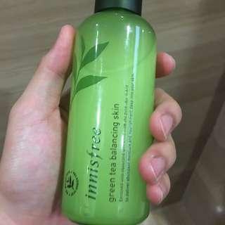 Innisfree green tea balancing skin (toner)
